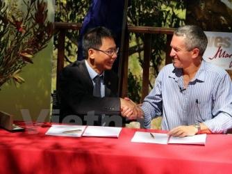 """Phong Nha Ke Bang National Park, Viet Nam and  Margaret River Tourism, Australia make a """" Sister Caves"""""""